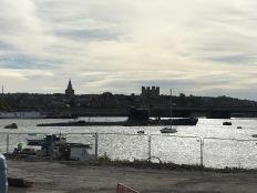 Rochester mit russischem U-Boot im Vordergrund